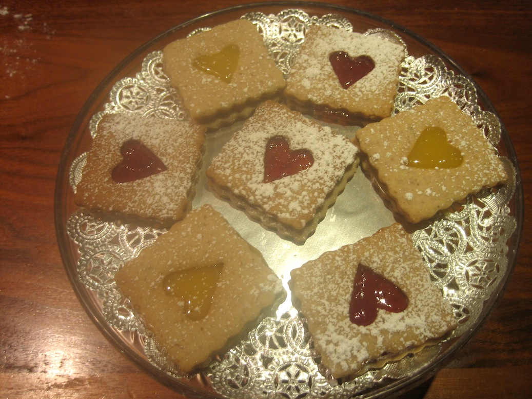 Pecan Linzer Cookies with Strawberry Filling