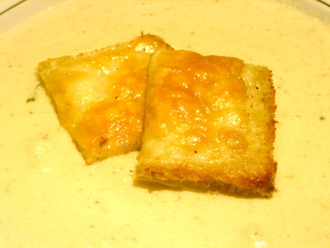 Roasted Cauliflower Soup with Cheesy Croutons | Great food ~ it's ...