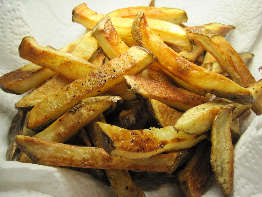 fries are super crispy, even though they've been baked in the oven ...
