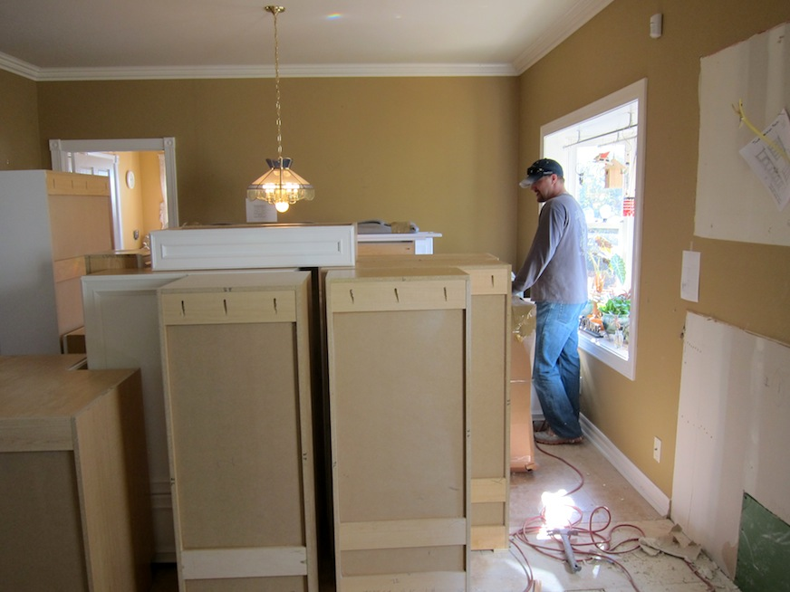 kitchen cabinets with John, the cabinet installer