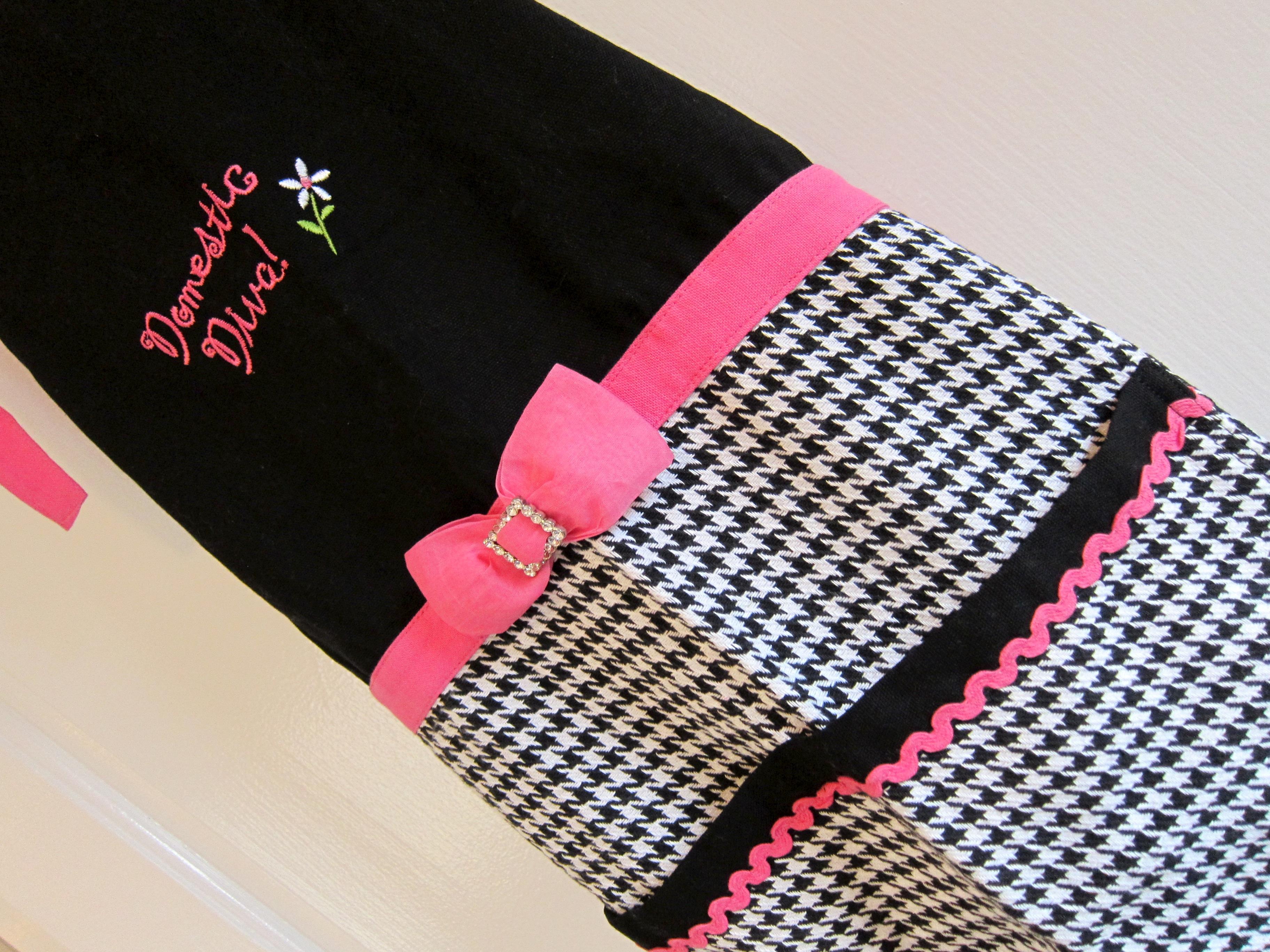 Kay Dee Designs apron details
