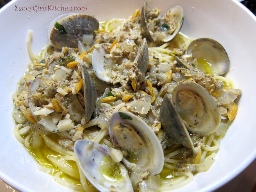 Linguine with Clam Sauce | Great food ~ it's really not that ...