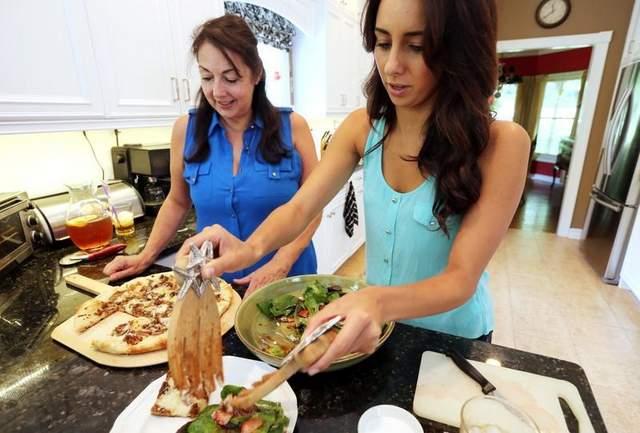 Helena and Rachel cooking